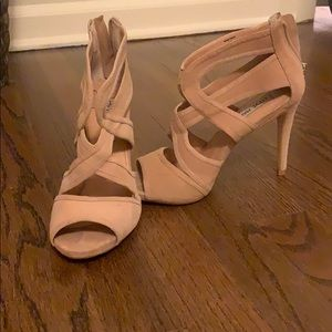 STEVEN MADDEN limited edition nude heel